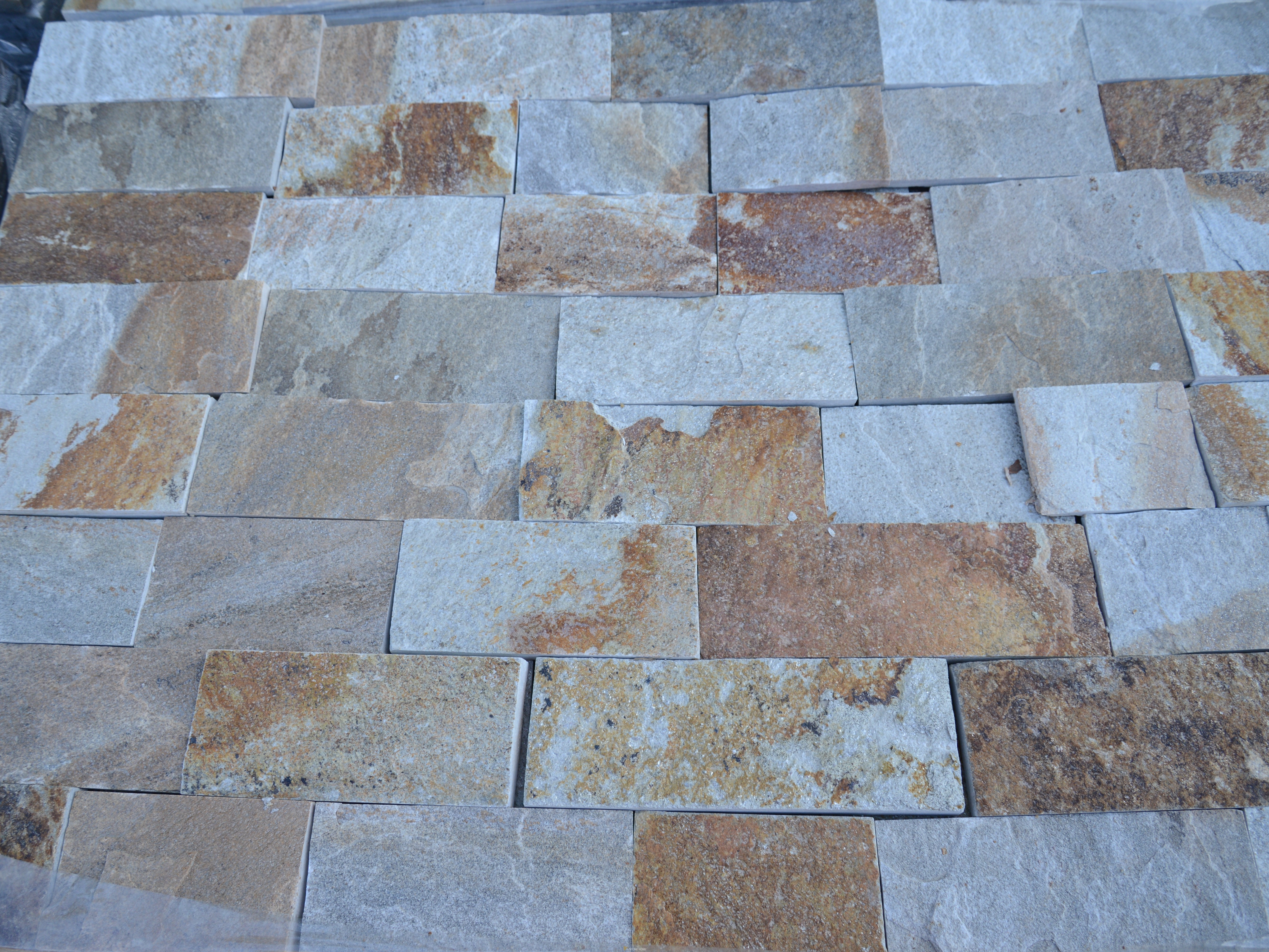 Dimensioned Elements Colored - natural stone Gneiss