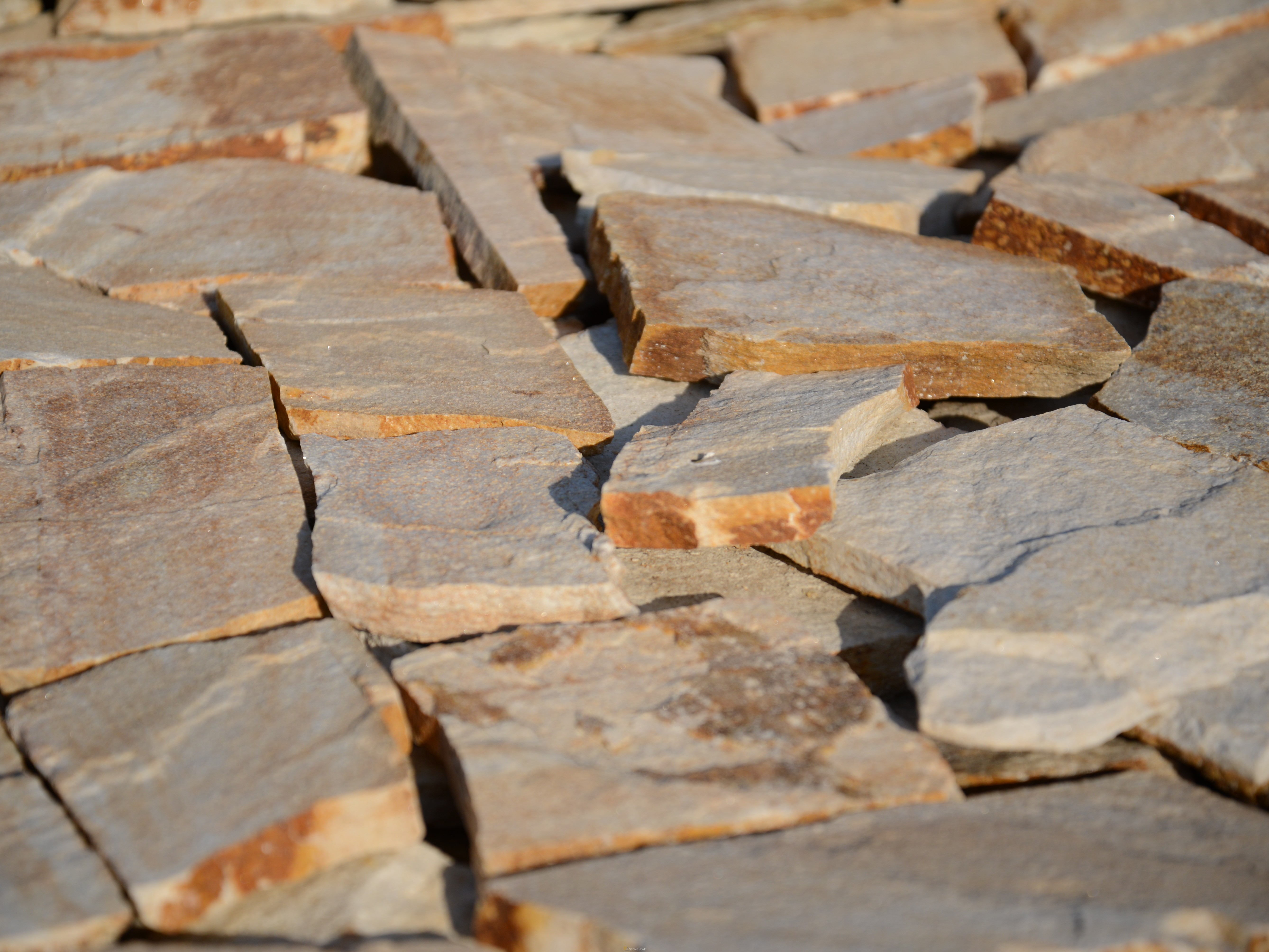 Facing Unformed Solevo - natural stone Gneiss